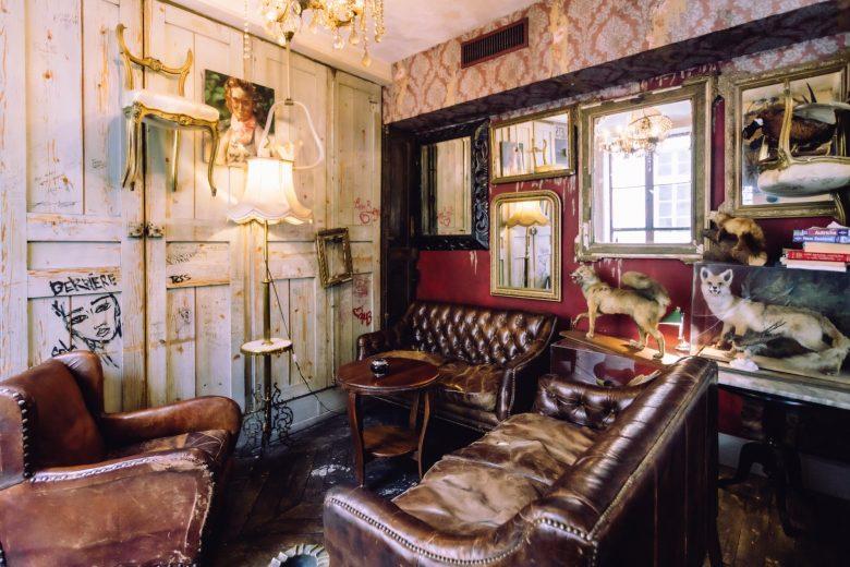 Derriere Restaurant Paris interior design