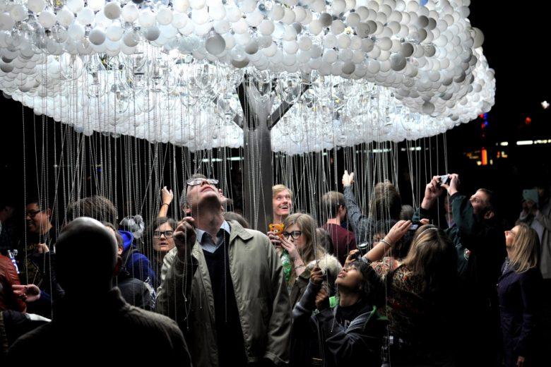 Cloud lightbulb installation