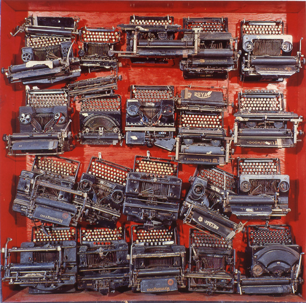 03_arman_-_infinity_of_typewriterslo