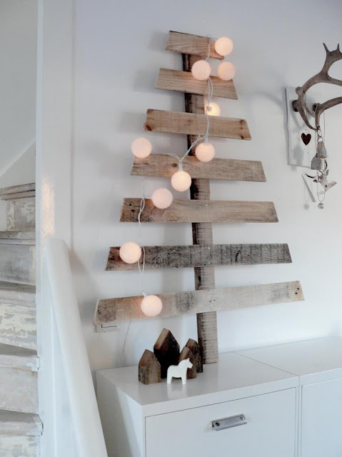 Alternative Christmas tree made from wooden pallet and fairy lights