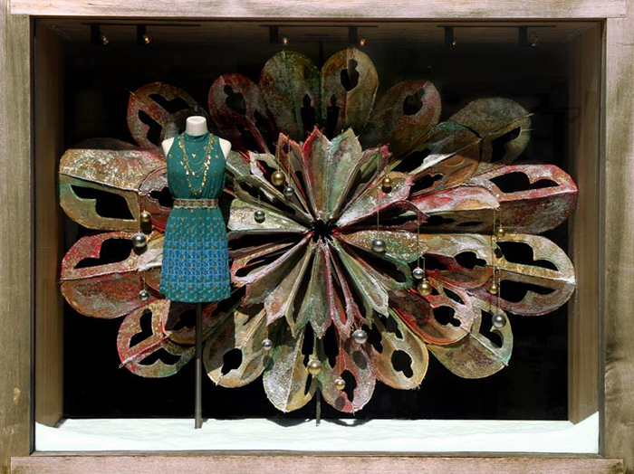 anthropologie-window-display-corte-madera-ca