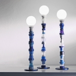 Multiplasticas lighting sculpture made from upcycled plastic trash by Brunno Jahara