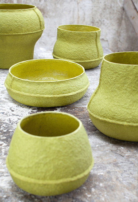 Vases-made-from-paper-pulp-by-Debbie-Wijskamp