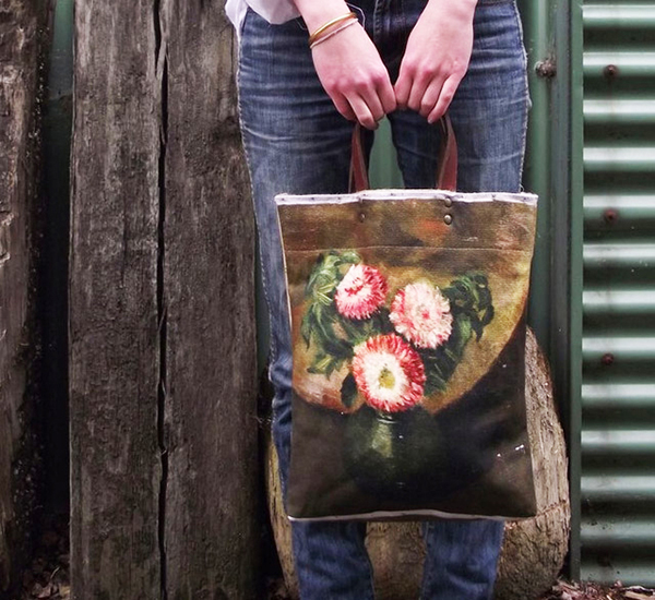 Chrysanthemum-Bag-by-Swarm