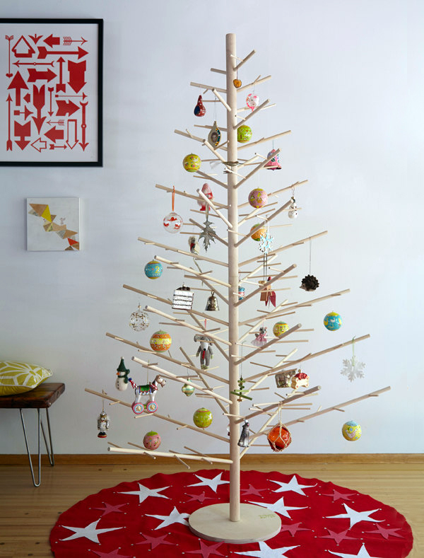 Reusable wood Christmas tree by ReTreeJoy