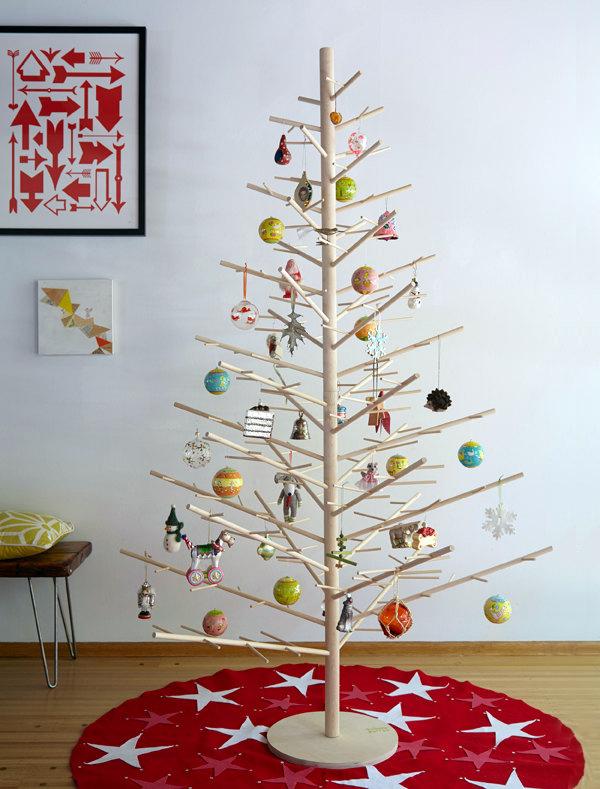Reusable wood Christmas tree by ReTreeJoy