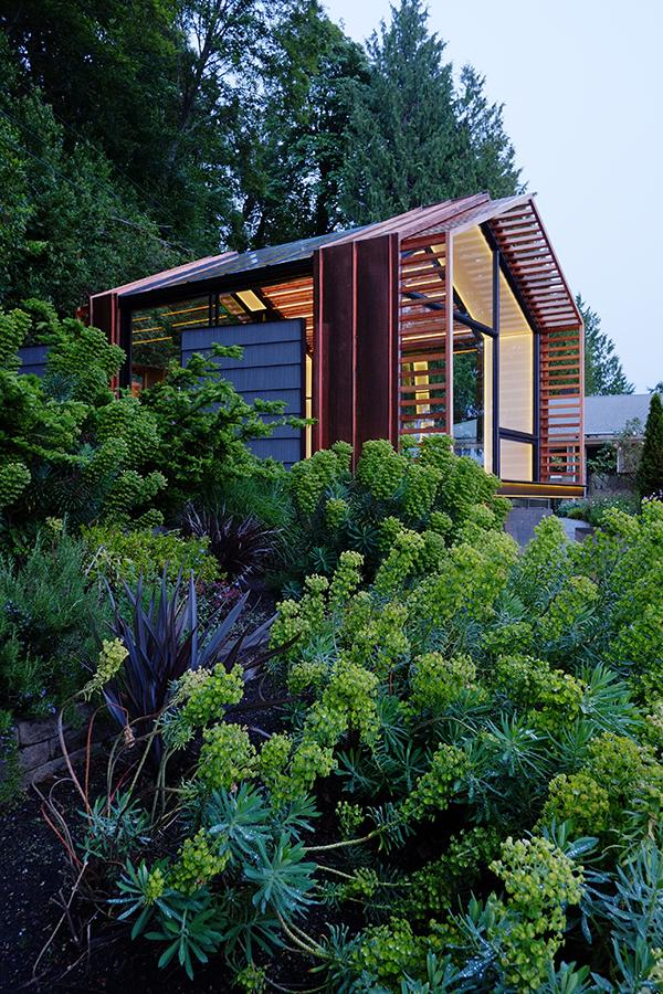 Garage renovation holiday cabin by Graypants