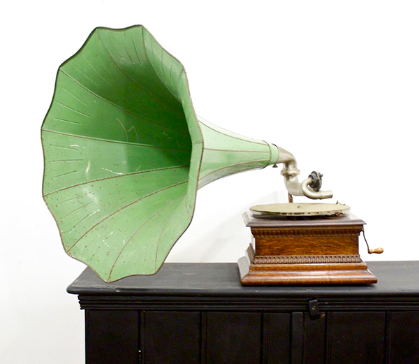green vintage phonogram