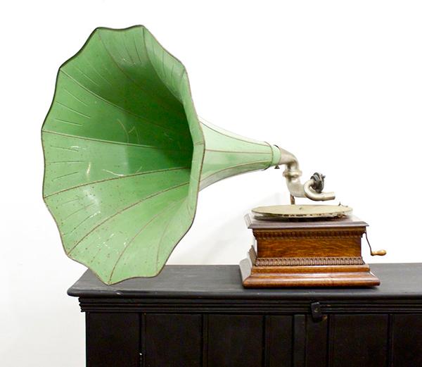 green vintage phonogram