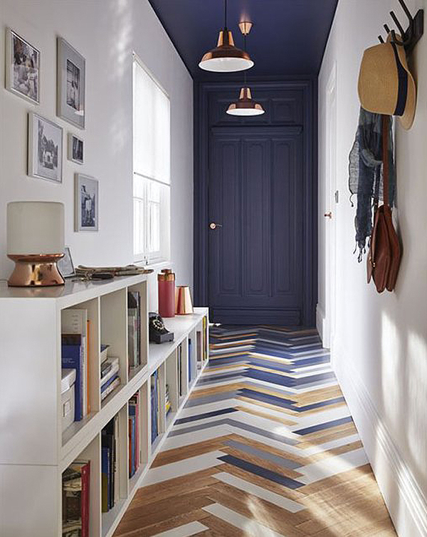 decorating ideas for narrow corridors and hallways upcyclist. Black Bedroom Furniture Sets. Home Design Ideas