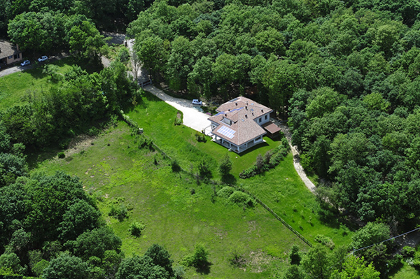 Eco B&B Il Richiamo del Bosco nestled in the woods