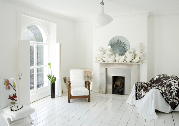 White living room and white floors