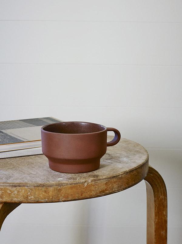The Edge terracotta mug by Skagerak