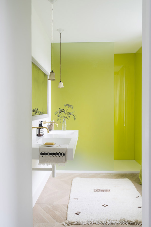 Chartreuse yellow in the bathroom