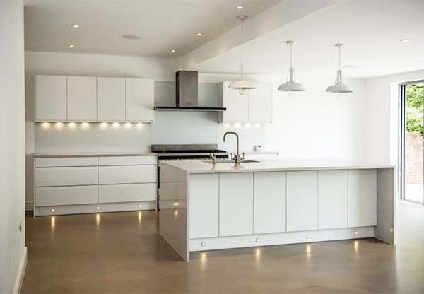 Modern white high gloss second hand kitchen