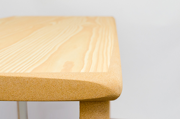 Cork table by Cuco