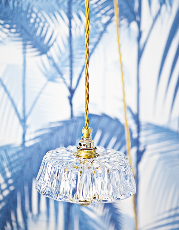 Fritz Lamp made from repurposed glass by Rafinesse & Tristesse