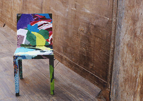RememberMe Chair made from upcycled clothing by Tobias Juretzel