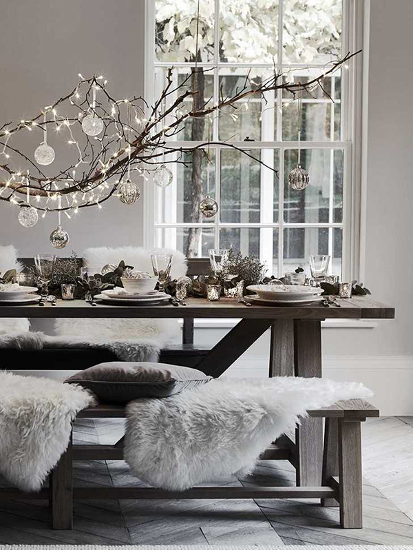 Table setting with hanging branch decoration by Neptune