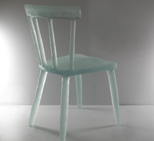 Glow aqua recycled plastic chair