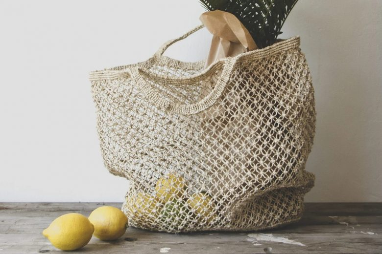 Jute macrame shopping bag
