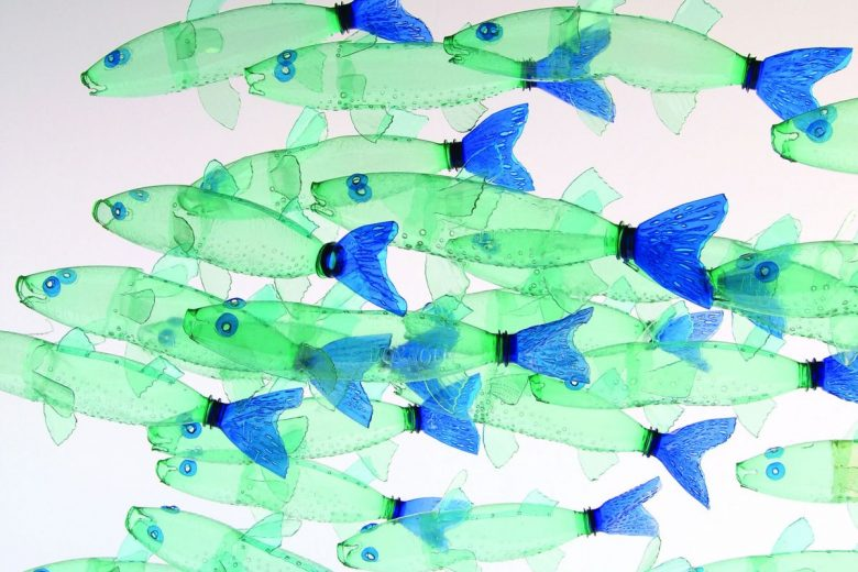 Fish made from plastic bottles by Veronika Richterová