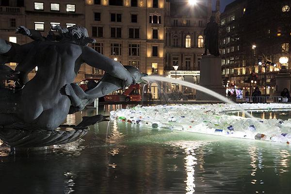Light installation by Luz Interruptus Trafalgar Square London