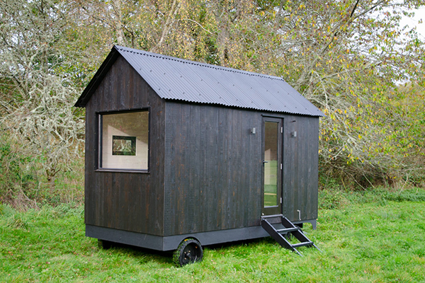 Nomad mobile cabin by Out of the Valley