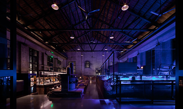 Preserved industrial elements in hotel bar of Alila Yangshuo