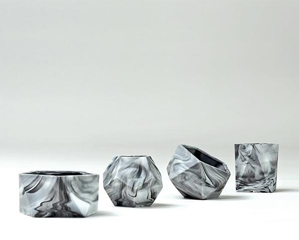 Marbled geometric plant pots