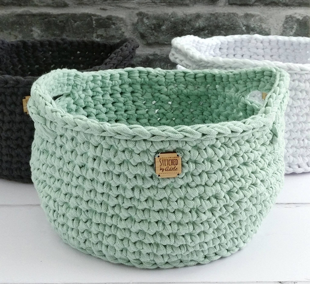 Crochet basket made from recycled t-shirt yarn