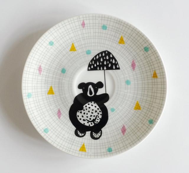 Illustrated small vintage cake plate by Nina van de Goor