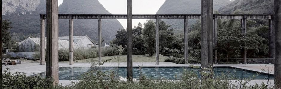 Alilia hotel pool