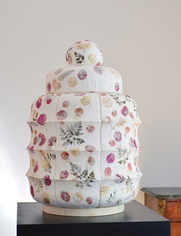 Sculpture made from porcelain and pressed flowers