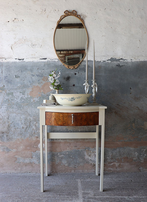 Freestanding Painted Vintage 1930s Washstand