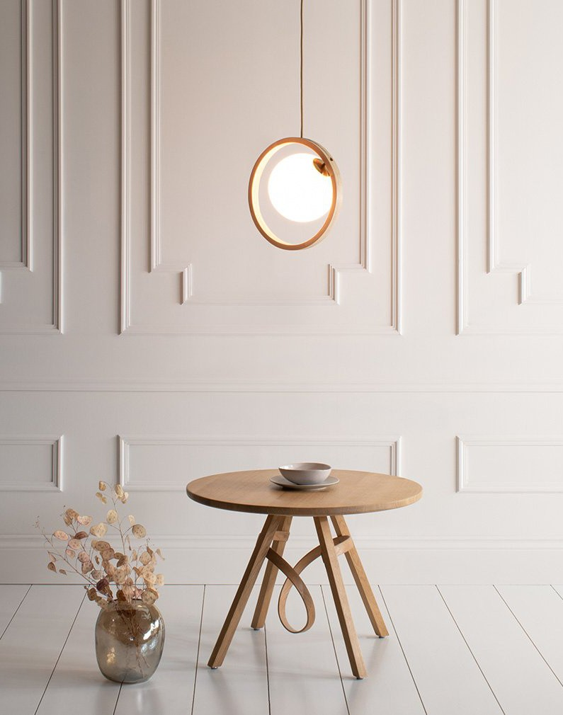 Loer pendant lamp by Tom Raffield