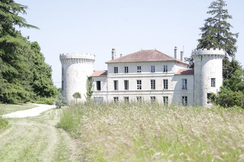 Chateau de Dirac exterior